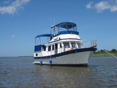 Click image for larger version  Name:my boat.jpg Views:129 Size:145.8 KB ID:10137