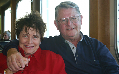 Click image for larger version  Name:walt & renee.png Views:104 Size:302.0 KB ID:1015