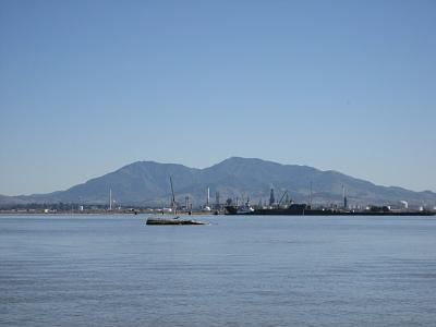 Click image for larger version  Name:suisun wreck2.jpg Views:46 Size:109.9 KB ID:10291