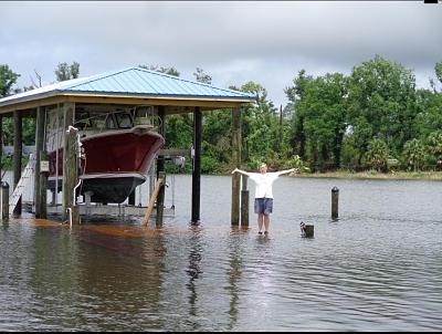 Click image for larger version  Name:Rich Gano at his flooded dock.jpg Views:29 Size:134.3 KB ID:105553