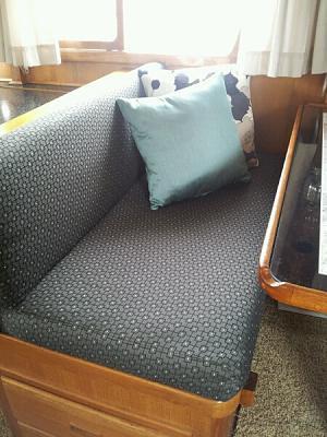 dinette cushion aft sample.jpg