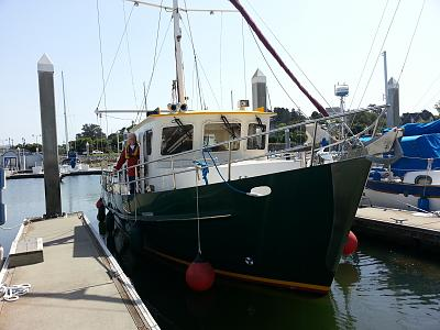 Click image for larger version  Name:leaving berth.jpg Views:30 Size:128.5 KB ID:108237