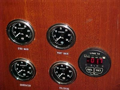 Copy of Fuel vacuum gauges (FILEminimizer).jpg