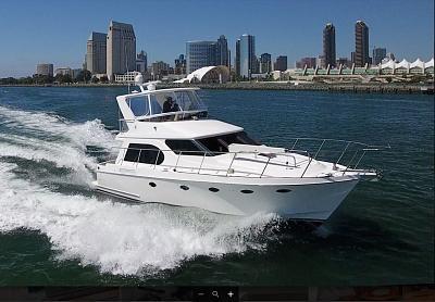 Ocean Alexander 42 Sedan.jpg
