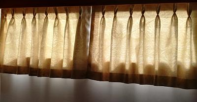 Click image for larger version  Name:curtains.jpg Views:9 Size:85.6 KB ID:116548