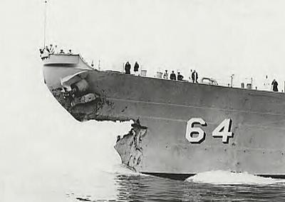 USS Wisc bow_sm.jpg