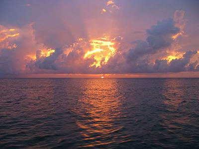Click image for larger version  Name:SUNSET COZUMEL.jpg Views:96 Size:66.5 KB ID:12739