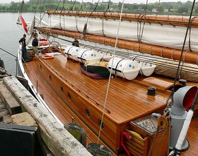 Click image for larger version  Name:bluenose 4.jpg Views:68 Size:232.1 KB ID:1280