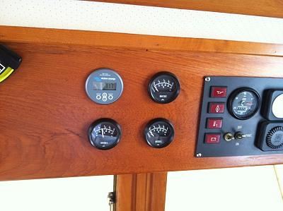 Click image for larger version  Name:gauges.jpg Views:103 Size:143.0 KB ID:12865
