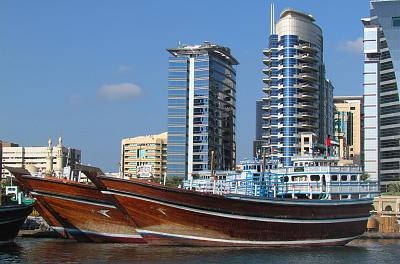 Click image for larger version  Name:Dhows.jpg Views:88 Size:132.0 KB ID:14103