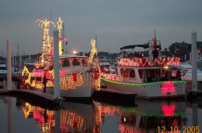 Click image for larger version  Name:Boat Parade 2005 085.jpg Views:115 Size:96.0 KB ID:14284