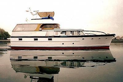 57' burger flush deck motoryacht.jpg