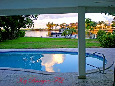 Click image for larger version  Name:sunrise at dock.jpg Views:177 Size:164.7 KB ID:16884