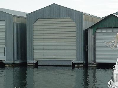 Click image for larger version  Name:Boathouse.jpg Views:146 Size:99.4 KB ID:16894