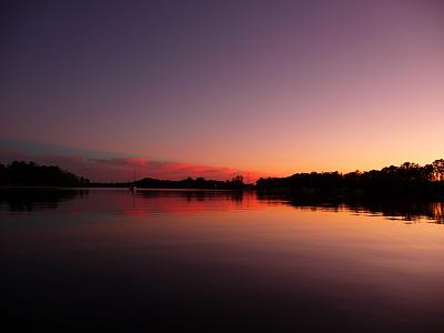 Click image for larger version  Name:Deep Sunset.jpg Views:217 Size:103.5 KB ID:18524