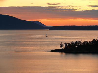 Click image for larger version  Name:Bellingham Bay.jpg Views:150 Size:56.2 KB ID:18544