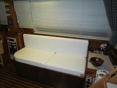 Click image for larger version  Name:New Settee pic 2.JPG Views:119 Size:53.9 KB ID:19214