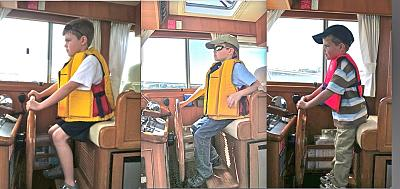 Click image for larger version  Name:Ryan @ the helm Composite.jpg Views:109 Size:105.5 KB ID:20060