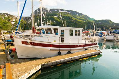 Click image for larger version  Name:What Boat.jpg Views:437 Size:73.2 KB ID:21691