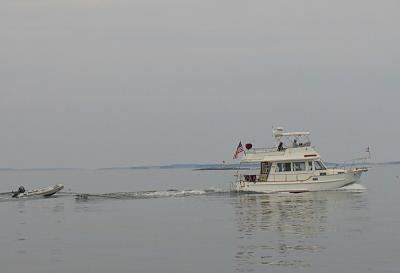 Click image for larger version  Name:emily anne underway2.jpg Views:115 Size:76.4 KB ID:2262
