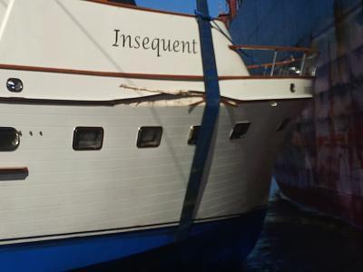 Boat lift damage sml.jpg