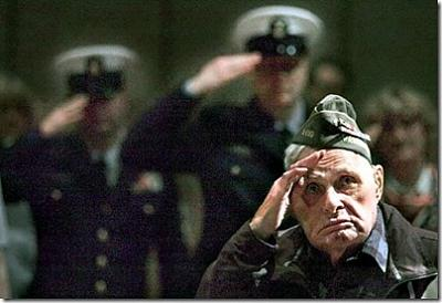 Click image for larger version  Name:joe-satko-83-salutes-american-flag-juneau-ak-thumb.jpg Views:431 Size:39.8 KB ID:24559