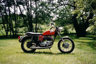 1971 750cc twin T160.jpg