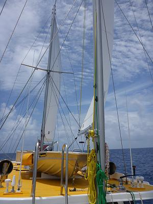 Click image for larger version  Name:10 Under sail light breeze.jpg Views:124 Size:120.9 KB ID:24810
