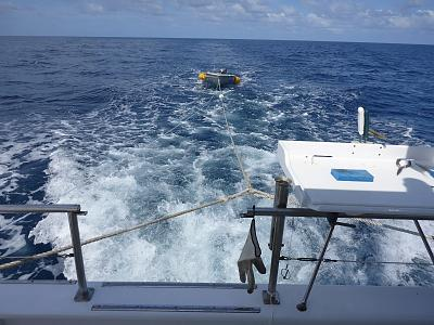 Click image for larger version  Name:15 Towing the tender between reefs.jpg Views:122 Size:148.0 KB ID:24815