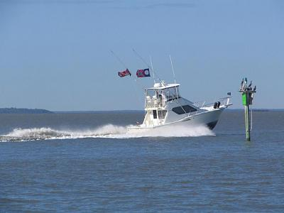 Click image for larger version  Name:hatteras edited#2.jpg Views:112 Size:61.1 KB ID:261
