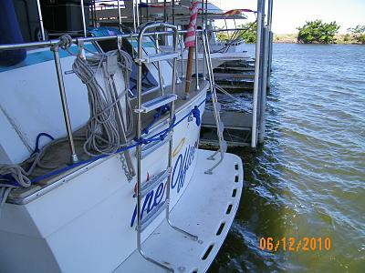 Click image for larger version  Name:TO - 6' Swim Ladder 100_0421.jpg Views:97 Size:176.2 KB ID:26211