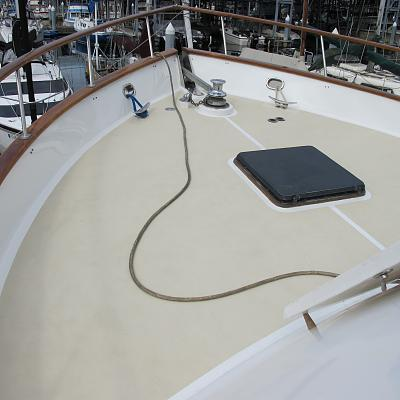 Click image for larger version  Name:Foredeck new 1.jpg Views:265 Size:112.5 KB ID:26359