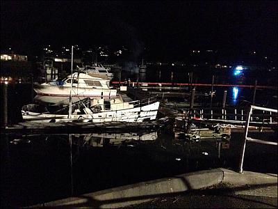 boat fire 4.jpg