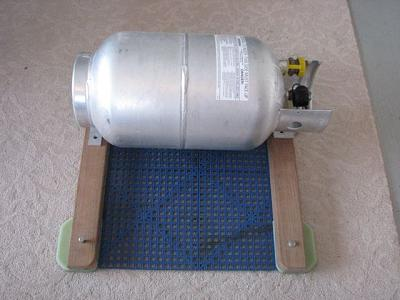 Click image for larger version  Name:Propane mount.jpg Views:125 Size:50.6 KB ID:28264