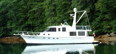 bayliner trawler.jpg