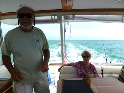 Click image for larger version  Name:Don&Lou-Abaco_cruising.jpg Views:115 Size:67.9 KB ID:28554