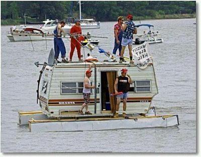 Click image for larger version  Name:redneck bbq boat.jpg Views:212 Size:70.0 KB ID:30114