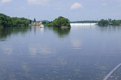 Click image for larger version  Name:erie canal spill way and lock.jpg Views:191 Size:98.8 KB ID:31710