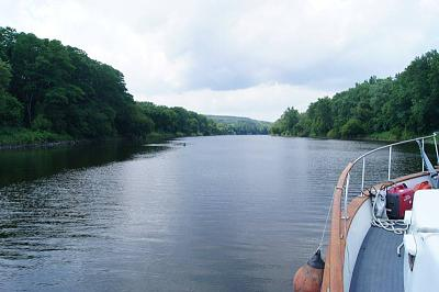 Click image for larger version  Name:erie canal view up the mohawk.jpg Views:200 Size:112.1 KB ID:31712