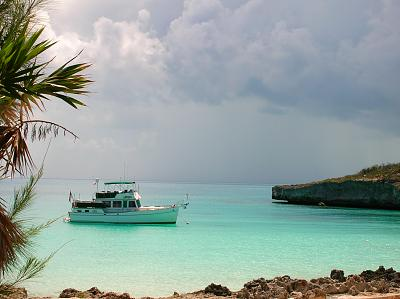 Click image for larger version  Name:Moored up in Eleuthera.jpg Views:140 Size:115.1 KB ID:31735