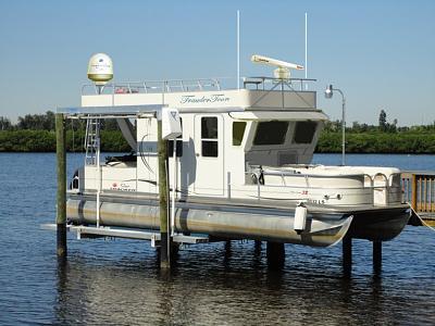 Click image for larger version  Name:pontoon trawler.jpg Views:105 Size:62.0 KB ID:32567