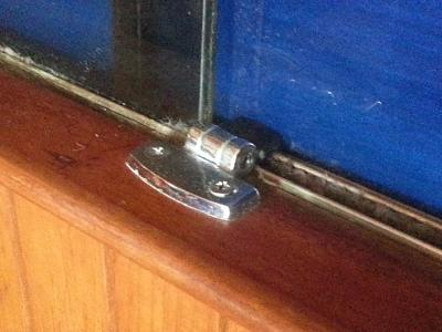 Click image for larger version  Name:Window latch.jpg Views:169 Size:69.8 KB ID:33890