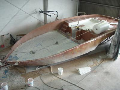 Click image for larger version  Name:11-1-06 Molding the Nidacore into the Deck.jpg Views:163 Size:163.9 KB ID:35459