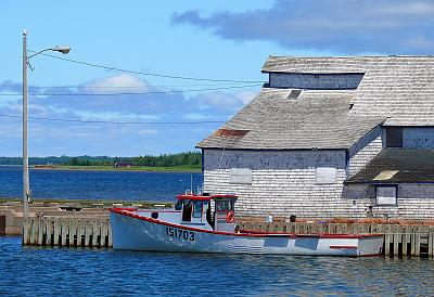 Click image for larger version  Name:Lobsterboat 2.jpg Views:265 Size:166.8 KB ID:36453