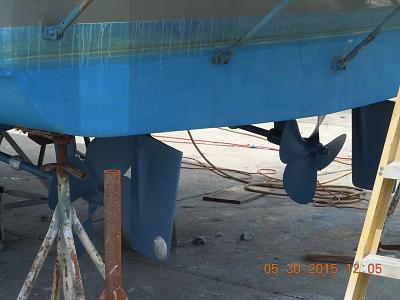 Click image for larger version  Name:Props Rudders Zincs.jpg Views:96 Size:101.8 KB ID:40610