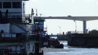 Click image for larger version  Name:Freeport Floodgates 2.jpg Views:86 Size:59.6 KB ID:40983