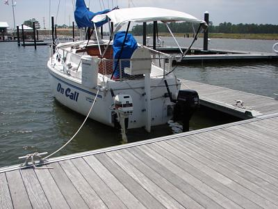 Click image for larger version  Name:Sailboat twin outboards.jpg Views:874 Size:155.3 KB ID:42943