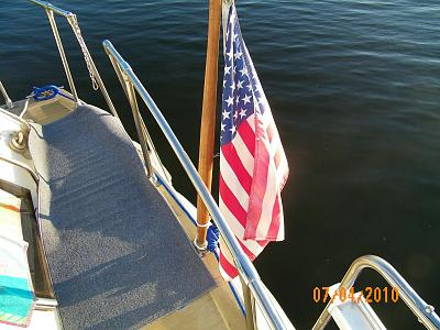 Click image for larger version  Name:TO - U.S. Flag on Transom 100_0440.jpg Views:98 Size:164.3 KB ID:42969