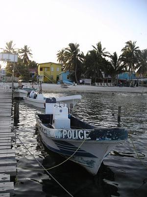 Click image for larger version  Name:belize boats 014.jpg Views:61 Size:115.2 KB ID:4619