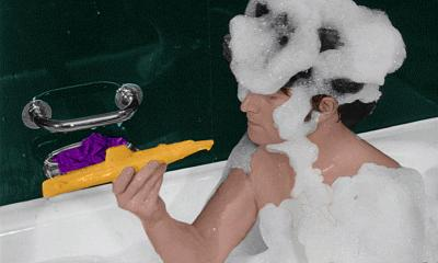 Click image for larger version  Name:john_in_the_bath_by_applescruffgirl-d39vzfr.jpg Views:85 Size:82.0 KB ID:46581
